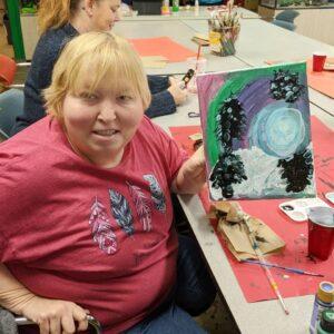 Artshop student Sarah Geisert